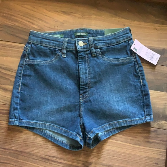 Wild Fable Highest Rise Shorts size 4